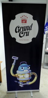 Grand Cru roll up stend