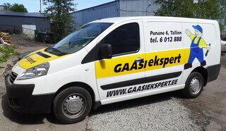 Mainosteipattu auto Gaasiekspert