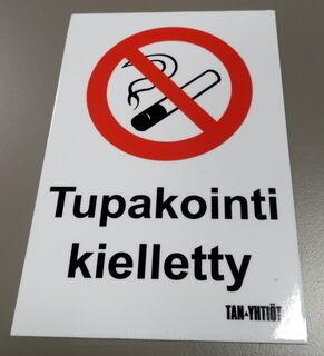 1 mm PVC kyltti tarralla Tukakointi kielletty