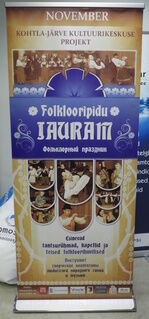 Classic Roll-up Folklooripidu