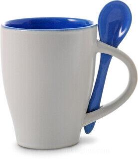 Kohvikruus lusikaga