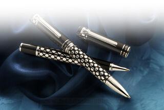 Charles Dickens pen set