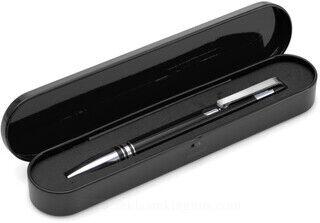 Ballpen with black ink.